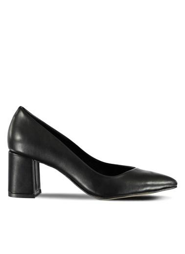 Kalın Topuklu Sivri Burun Ayakkabı-Marjin